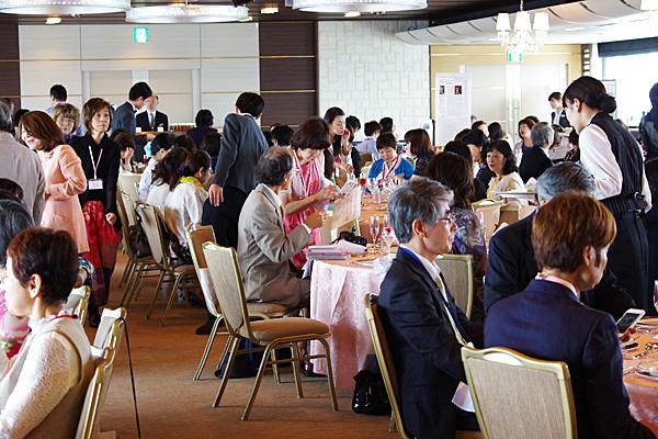 昨年の懇親会(於:ホテル日航大阪)